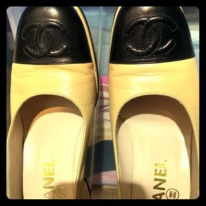 Original Two tone slightly used Chanel pump
